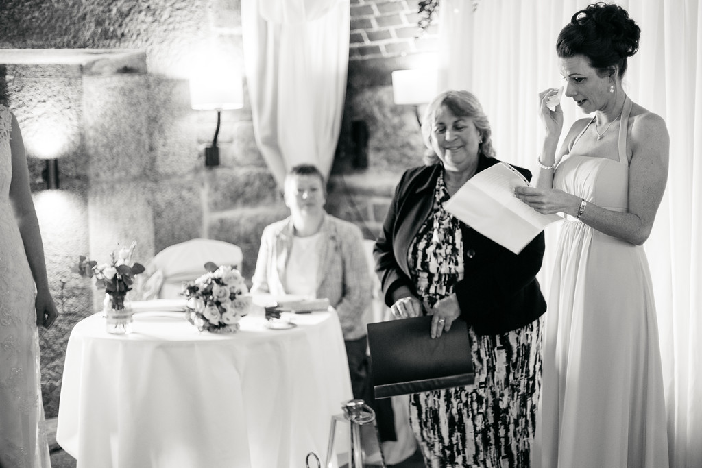 polhawn-fort-wedding-photographer-0022
