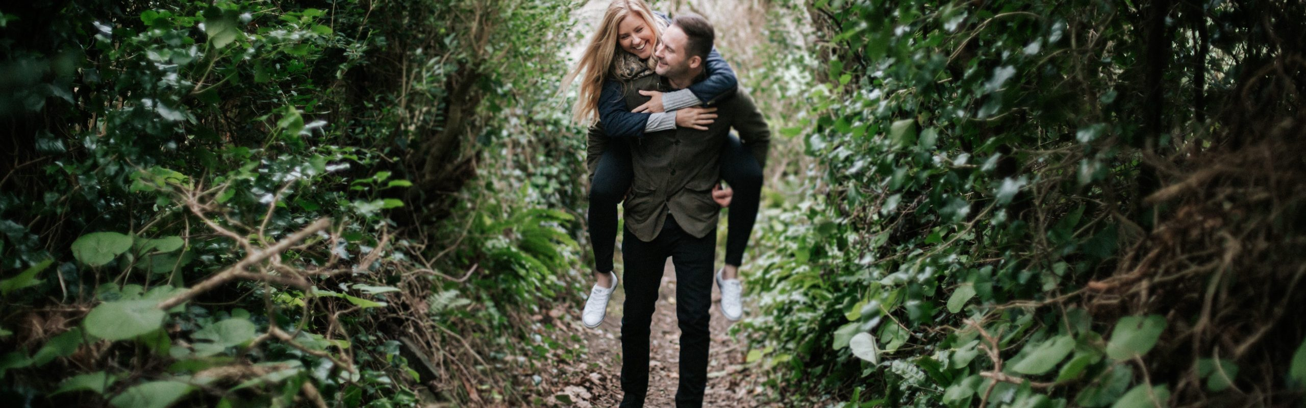 Jennifer and Tom's Cornish Engagement Session